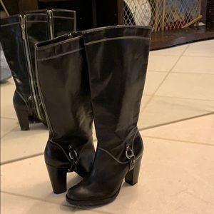 New never worn black Michael Kors boots